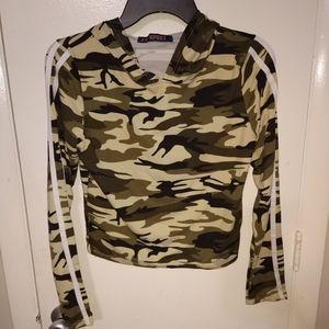 Camouflage light-weight hoodie Sz Lg